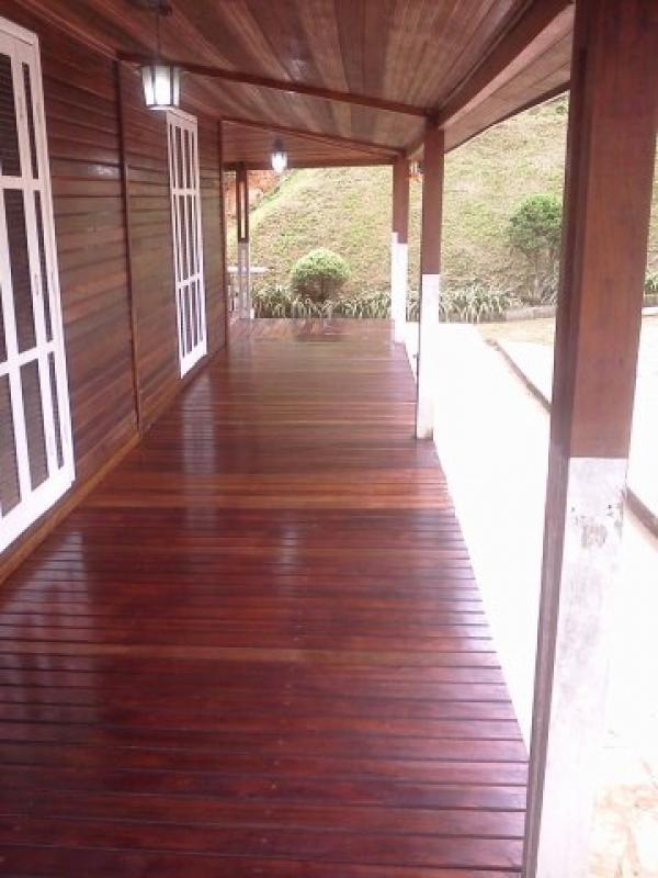 Raspadora de Deck de Madeira