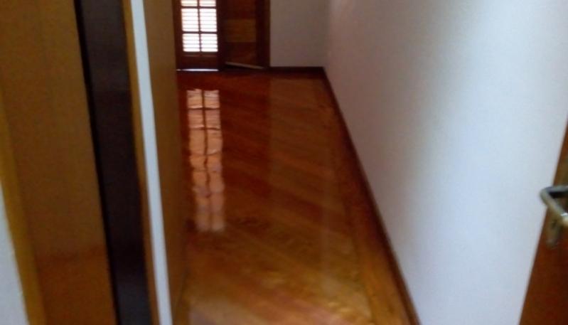 Instalação de Piso de Madeira em Casa