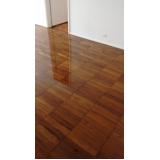 como restaurar piso de madeira