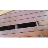 manutenção em piso de madeira