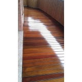 restauração de deck de madeira modular