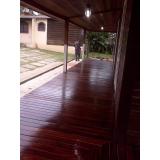 manutenção em deck de madeira