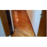 Valor de reformar piso de taco Sacomã